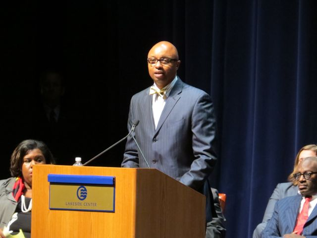 ISBA 3rd Vice President Vincent F. Cornelius delivers remarks at the 1st District admission ceremony in Chicago.