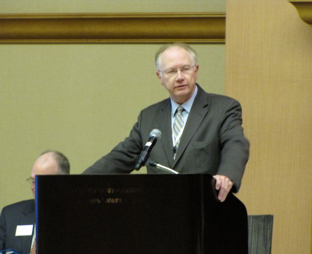Illinois Supreme Court Chief Justice Thomas Kilbride discusses e-filing during Saturday's Assembly meeting.