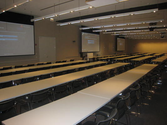 ke-165-person-training-video-conferening-room