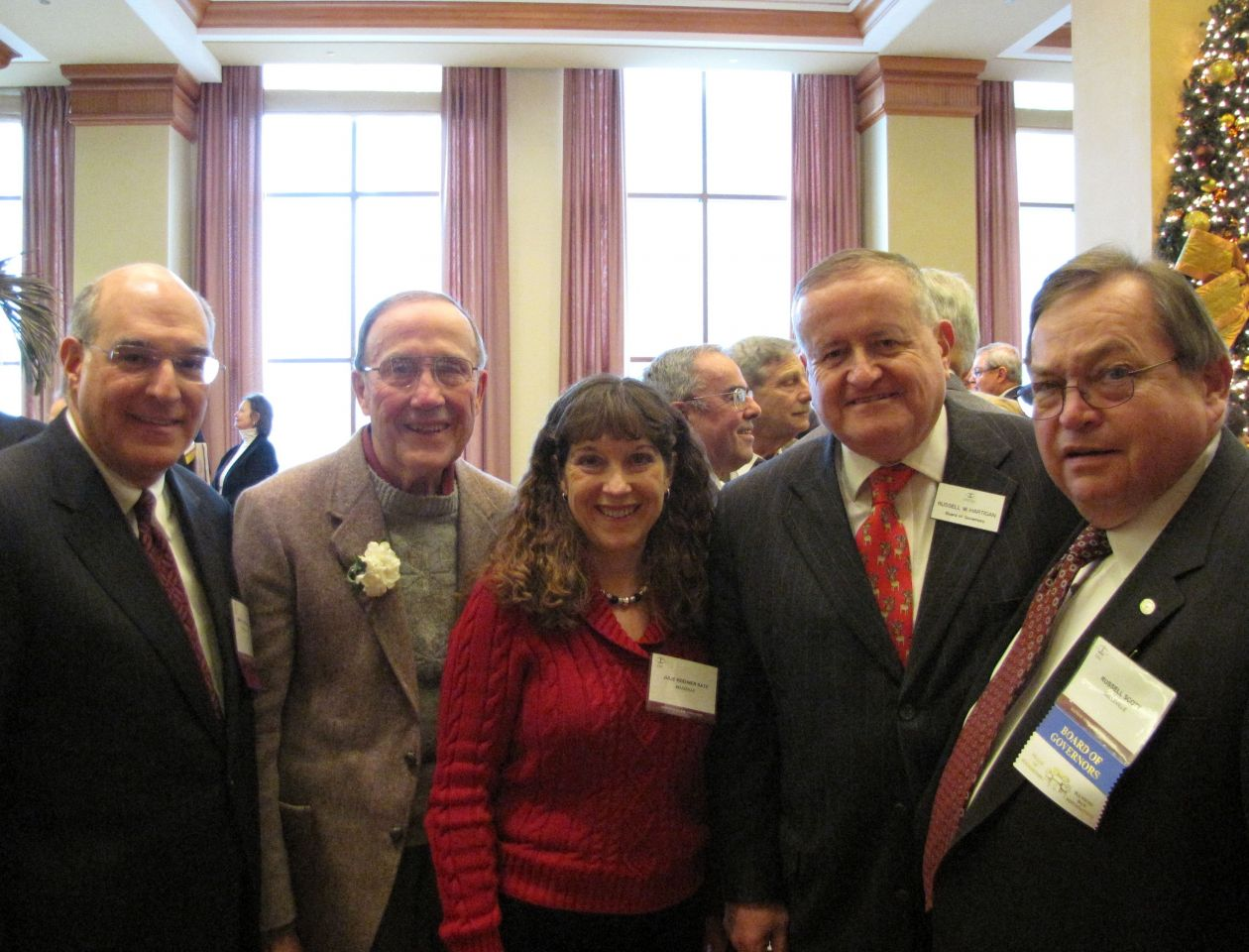 (Click to enlarge) ISBA President-Elect Mark Hassakis, Class of 1959 honoree Jim Keehner, his daughter, Julie Keehner Katz and ISBA Board of Governors members Russell Hartigan and Russell Scott