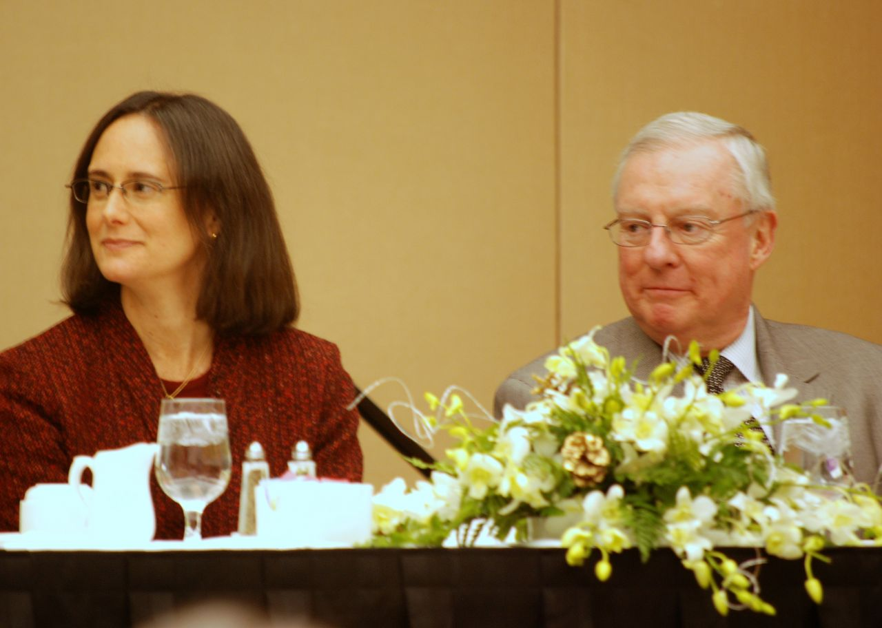 From left (click to enlarge): Illinois Attorney General Lisa Madigan and ISBA President John O'Brien