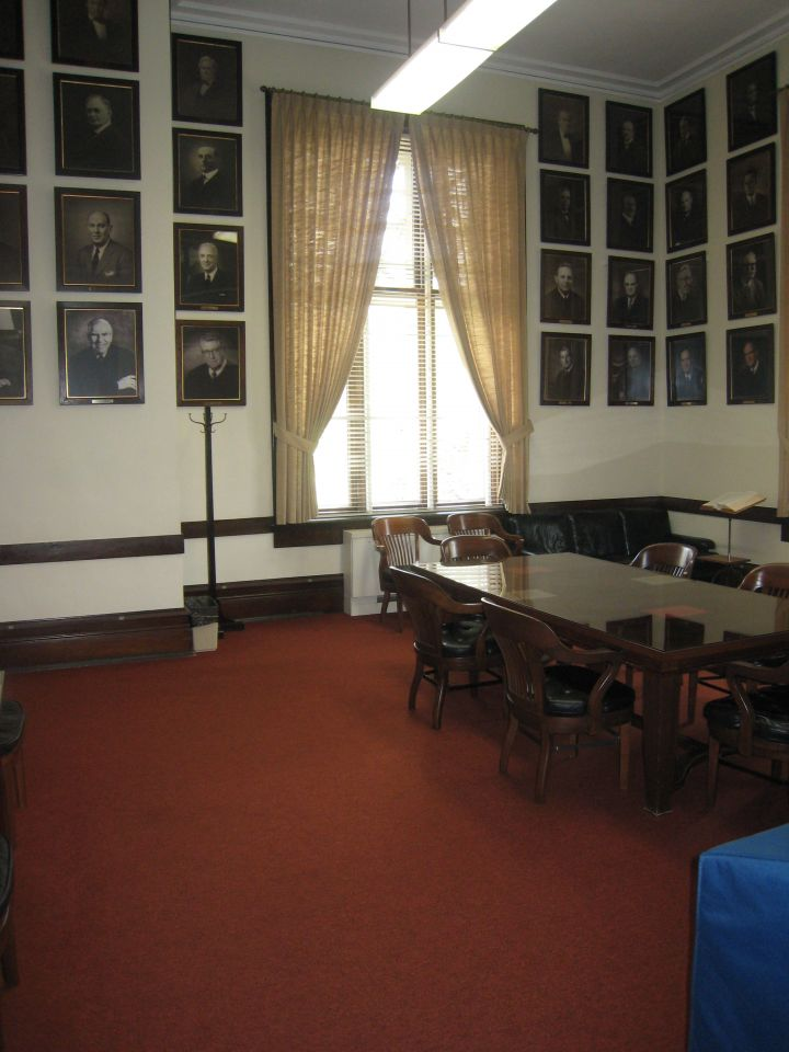 Lawyers room off of the Illinos Supreme Court courtroom