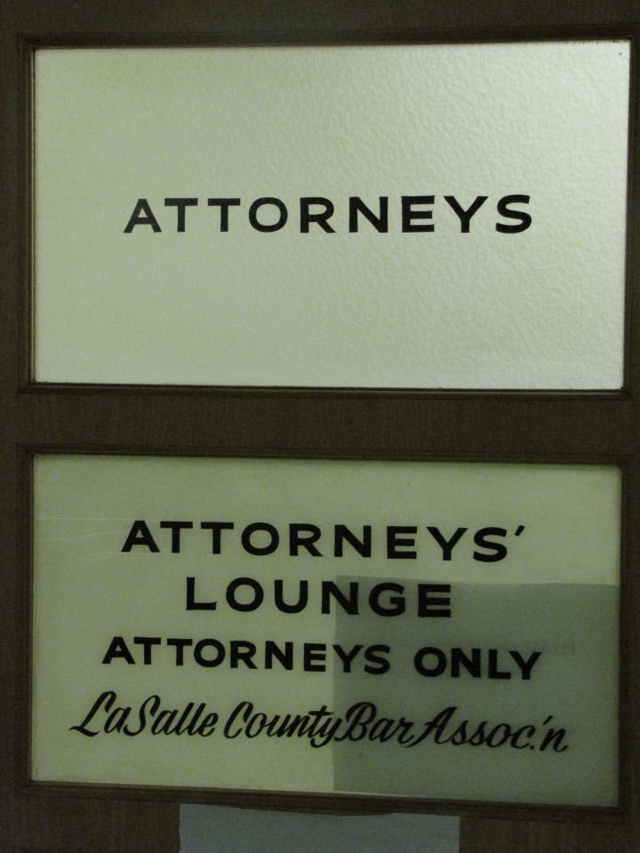 Attorneys' Lounge