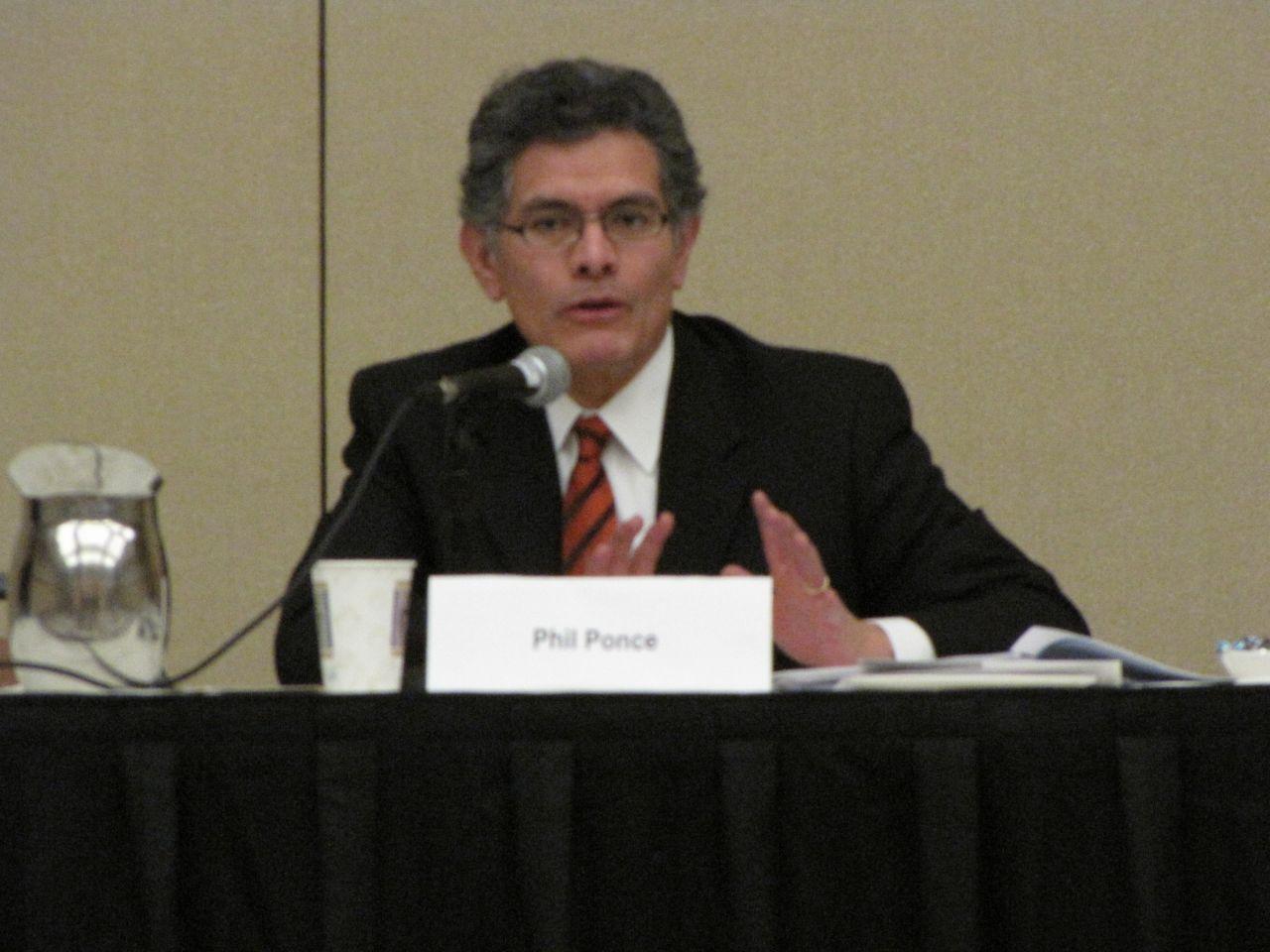 Moderator Phil Ponce