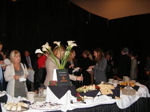 New admittees visiting during the ISBA reception held in their honor.