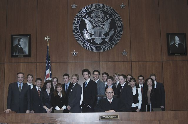 Chief Judge Holderman and the Mock Trial team from Evanston.