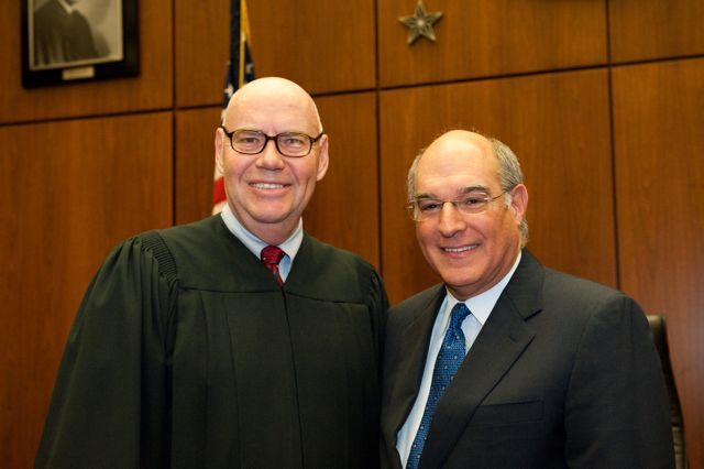 Chief Judge Holderman and ISBA President-Elect Mark Hassakis