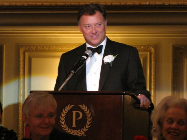 ISBA President Locallo speaks after receiving the Justinian Award of Excellence.