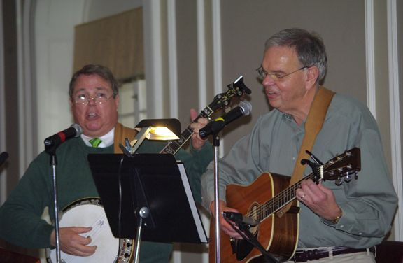Festive Irish Music was provided by the duo Seanachie.  Chicago Alumni Chapter Board Member Charles G. McCarthy, Jr., and John Wolaver
