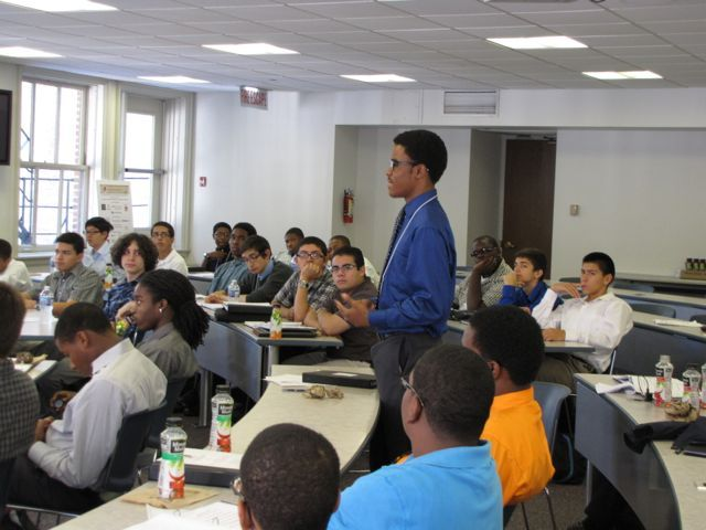 LLI  is a statewide initiative to assist students from minority, ethnic, and other groups who are currently underrepresented in the legal professions achieve academic success and aspire to a career in the law. There 77 students participating in this summer's institute, which runs through Aug. 10. Find out more at www.isba.org/lawandleadershipprogram