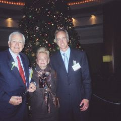 Class of 1959 honoree Thomas A Killoren with his wife Lesley and son Thomas A Killoren Jr., an ISBA member practicing in South Carolina.
