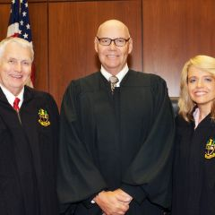 Chairman of the Board of Directors of the Chicago Alumni Chapter Bob Downs, Chief Judge James F. Holderman, Chicago Alumni Chapter Justice Michele M. Jochner