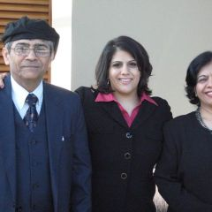 New admittee Bonnie Simran Bhatia with her parents