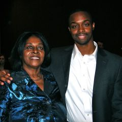 New admittee Peniel Manigat of Chicago celebrating with his mother Prospera Dinoro of Southern Illinois.
