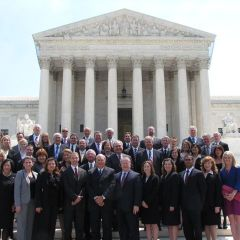 45 ISBA members admitted to U.S. Supreme Court photo gallery