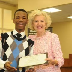 David McNeal received his Certificate of Completion from Illinois Supreme Court Justice Anne Burke