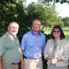 Al Sternberg, a member and former chair of the ISBA Committee on Judicial Evaluations (outside Cook County); Eitan Weltman, golf outing chair; and Nannette Fosen, president of the McLean County Bar