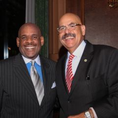 Victor Henderson visits with awardee Hon. William Hooks.